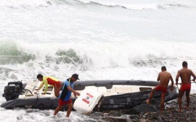 Ahora son más de 100 los puertos peruanos cerrados por oleajes